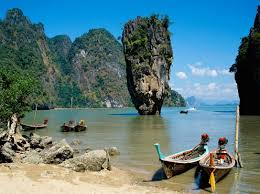 bond beach
