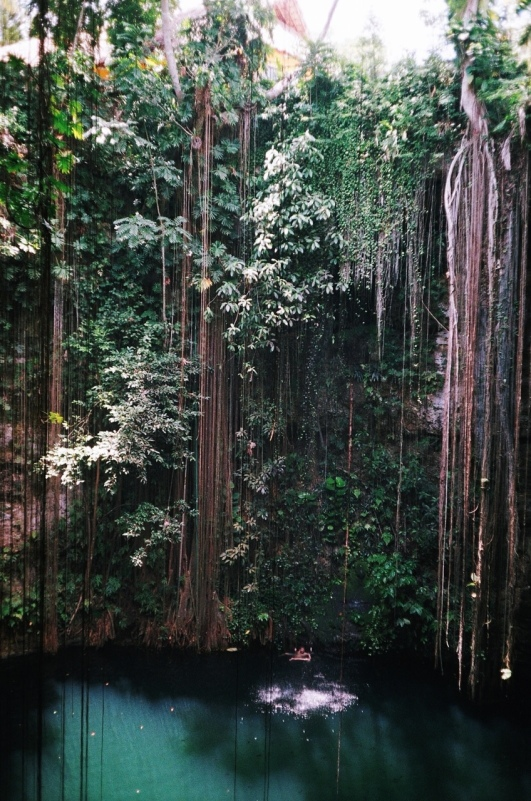 Cenote Ik Kil 2